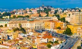 Cagliari Italien: Cityscape av den historiska mitten Fotografering för Bildbyråer