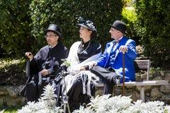 CAGLIARI ITALIEN - Maj 29, 2016: söndag på La stora Jatte VIII Ed , På de offentliga trädgårdarna - Sardinia Royaltyfria Foton