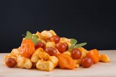 Cagliate di Habenero con i peperoni, i pomodori e l'origano immagine stock libera da diritti