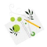 Cahier avec le crayon et la bobine decoartive Photo libre de droits