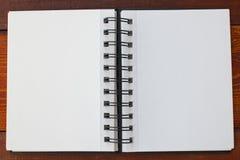 Cahier blanc blanc photos libres de droits