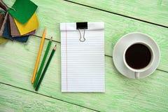 Cahier et cuvette de café Image libre de droits