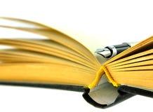 Cahier et un crayon lecteur de fountion Images libres de droits
