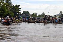 Cai звенел плавая рынок Стоковое Изображение RF