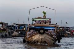 Cai Dzwonił hurtową spławową targową deltę Mekong Wietnam zdjęcia stock
