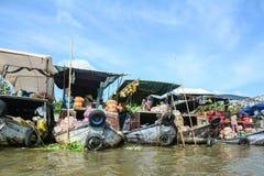 Cai Rang浮动市场的看法在芹苴市,越南 免版税图库摄影