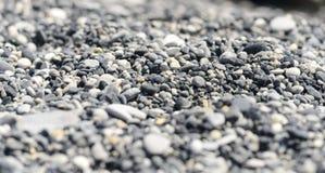 Cailloux à la plage images stock