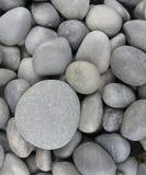Cailloux gris lisses Photos libres de droits
