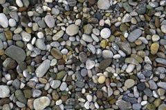Cailloux sur le rivage de mer Photographie stock libre de droits