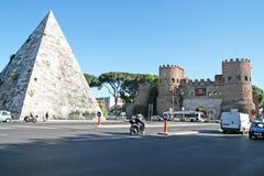 Caio cestio pyramid Stock Image