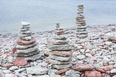 Cairn en pierre Photos libres de droits