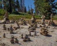 Cairns de roche photo stock