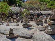 Cairns de roche images stock