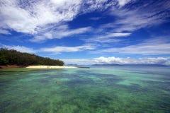 Cairns verts d'île Photo stock