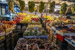 18/11/2018 Cairo, Egypt, counters with a variety of exotic fruits in the night bazaar stock photos