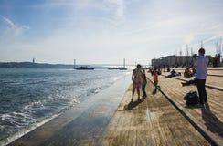 Cais码头Ribeira da在里斯本,葡萄牙 免版税库存照片