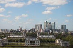 Cais amarelo, Londres, Reino Unido Imagem de Stock Royalty Free