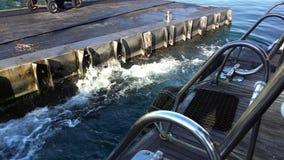 Cais com barcos de prazer Sharm el Sheikh de Egito video estoque