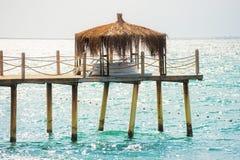 Cais com um bungalow Foto de Stock