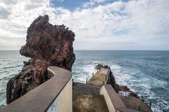 Cais da Ponta robi zol skale, madery wyspa Zdjęcie Royalty Free