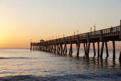 Cais da praia de Dania no nascer do sol Hollywood, Florida Fotografia de Stock