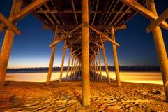 Cais da praia de Kure foto de stock