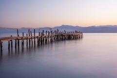 Cais de madeira em Grécia Imagens de Stock