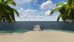 Cais de madeira na praia com palmeiras foto de stock royalty free