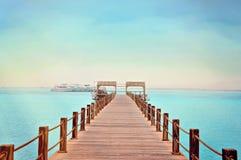 Cais de madeira tropical no Mar Vermelho Imagem de Stock