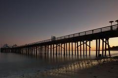 Cais de Malibu tomado no por do sol com exposição longa Imagens de Stock