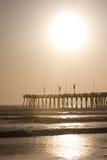 Cais e oceano de Sun foto de stock