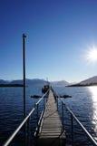 Cais em um lago Imagens de Stock Royalty Free