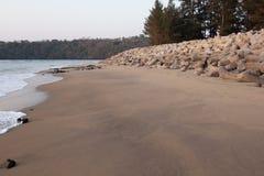 Cais na costa Fotos de Stock Royalty Free