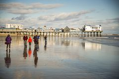 Cais na praia velha do pomar, Maine Foto de Stock Royalty Free