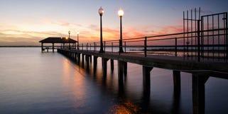 Cais no por do sol, Florida da cidade de Sebring fotografia de stock