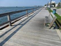 Cais público da pesca na cidade Maryland do oceano fotografia de stock royalty free