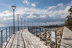 Cais pedestre Paphos, Chipre - inverno, estação baixa, atração turística fotografia de stock royalty free