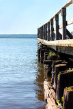 Cais pequeno no lago Foto de Stock