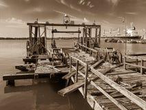 Cais velho na Arsenal de Marinha de Philadelphfia Imagens de Stock Royalty Free