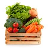 Caisse avec des légumes Images libres de droits