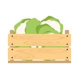 Caisse en bois avec le chou-fleur Images libres de droits