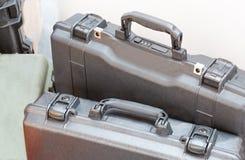 Caisse noire en plastique de protecteur photographie stock