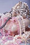 Caixão cerâmico com bijouterie Imagem de Stock