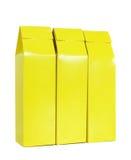 A caixa amarela do pacote isolou-se Imagens de Stock