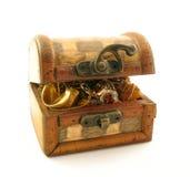 Caixa cheia do tesouro fotos de stock royalty free