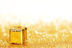 Caixa com presente de época natalícia Fotografia de Stock