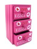 Caixa da cor-de-rosa das gavetas com palavras do amor e do coração imagens de stock royalty free