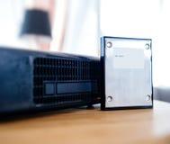 caixa da tevê do modem do Internet de 2,5 hdd fornecida pelos comp(s) do provedor de Internet Imagens de Stock