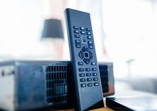 Caixa da tevê do modem do Internet fornecida pela empresa do provedor de Internet Imagens de Stock Royalty Free