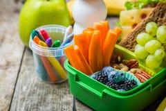 Caixa de almoço escolar saudável Fotos de Stock Royalty Free